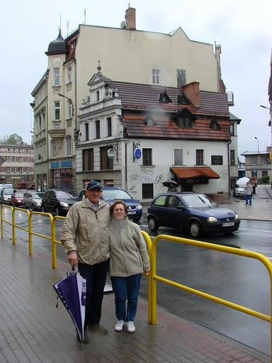 Przed siedzibą SARP Jelenia Góra